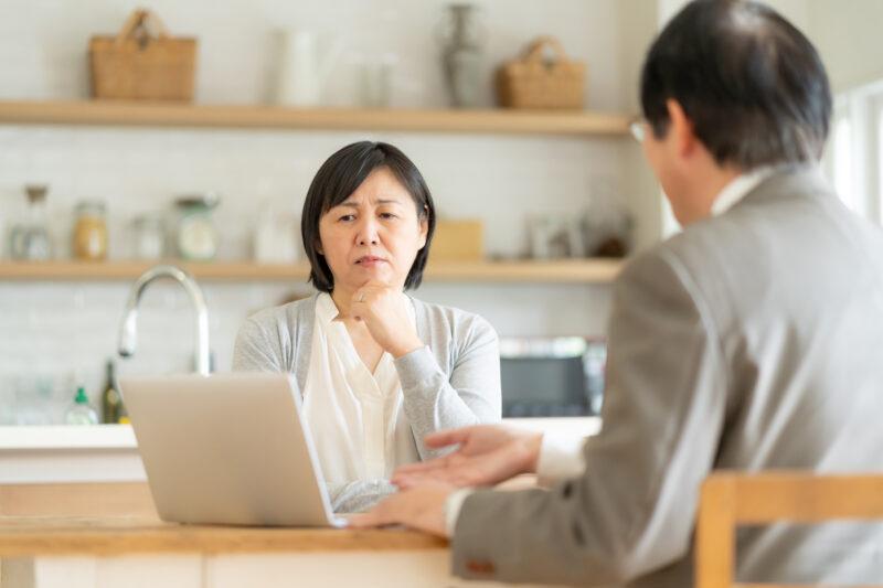 【50代の特徴】無責任な夫と離婚する??妻の思考整理ノート。